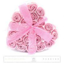 Luxus illatos piros szappan rózsák, 24 darab egy átlátszó szív alakú dobozban